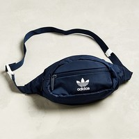 Men's Accessories - Backpacks + Watches | Urban Outfitters