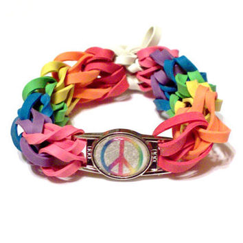 Rainbow Peace Sign Bracelet - Stretch Bracelet Made of Rubber Bands - Support the Cause for Lesbian, Bi, LGBT, Gay Pride
