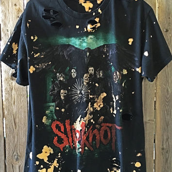Slipknot size XL// t shirt// grunge// cut off // band shirt // concert shirt // rock // cropped tee//distressed rock shirt// bleached