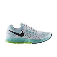 The Nike Air Zoom Pegasus 31 Women's Running Shoe.