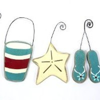 Amazon.com: A Day at the Seashore - Beach Themed Christmas Ornaments - Set of 5: Home & Kitchen