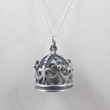 James Avery Crown Pendant Charm, Sterling Silver Three DImensional King Crown, Retired Rare James Avery Large Sterling Crown Jewelry