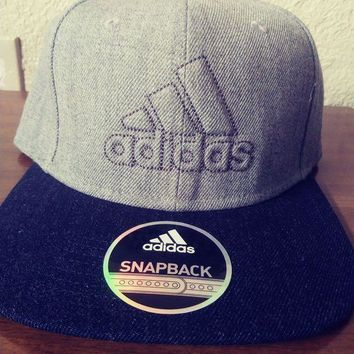 DCCK3SY NWT Adidas Snapback daybreaker black and grey Cap Hat New