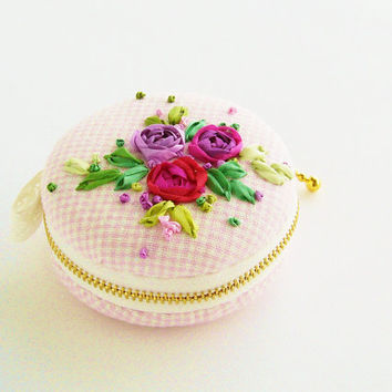 macaron Coin or Jewelry purse-silk ribbon embroidery-pink rose-macaroon pouch