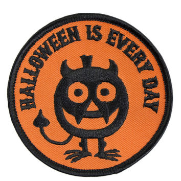 EVERYDAY IS HALLOWEEN PATCH from Shop Jeen | DIY