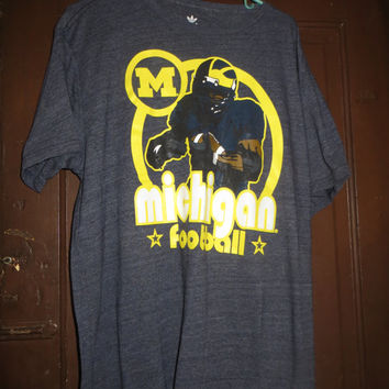 VTG Adidas 3 Streifen Tee  90s SHIRT MICHIGAN  football sz xlarge