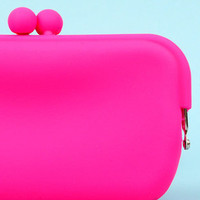 Flexi Clutch in Pink :: tobi