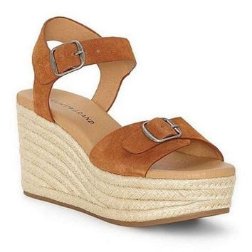 LMFYW3 Lucky Brand Naveah Peanut Oiled Suede Wedge Sandal