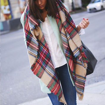 Best Seller Red and Green Blanket Scarf Autumn Winter Gift