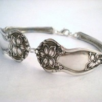 ORANGE BLOSSOM 1910 Spoon Bracelet by monpetitchouboutique