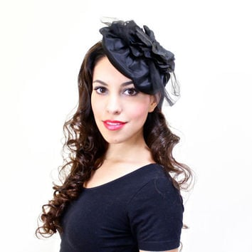 Vintage Black Fascinator Hat - Mid Century Tilt Floral Tulle Betmar Cocktail Fashion Accessory / Side