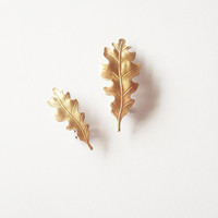 Gold Leaf Hair Clips - Leaf Barrettes - Cute Adorable Rustic Minimalist Fashion Elegant Romantic Whimsical Whimsy Dreamy Woodland Collection