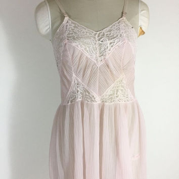 SALE Vintage Pink Nightgown Pink Nightie Pink Lace Nightgown Pink Nylon Nightgown Pleated Skirt Nightgown 1960s Nightgown Size 34