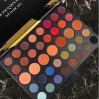 39A - Dare to Create Eyeshadow Palette