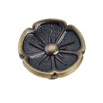 Bella Antique Brass Flower Cabinet Knob 1.125 in.