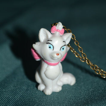 Disney Aristocats Marie Necklace