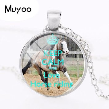 2018 New Keep Calm And Love Horse Riding Necklace Pendant Hand Craft Jewelry Round Glass Art Picture Necklaces Pendants HZ1