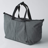 break free weekender | women's overnight bags | lululemon athletica