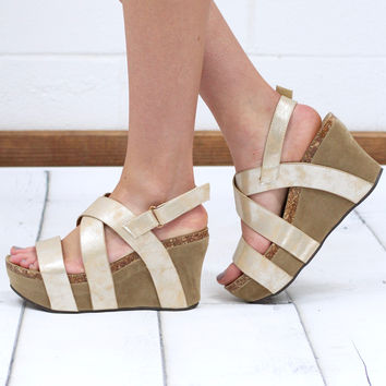 Strappy Hester Metallic Wedge Sandal {Gold}