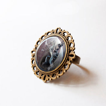 House Lannister of Casterly Rock Crest  - Lannister Ring - Game of Thrones Jewelry - A Song of Ice and Fire - Handmade Vintage Cameo Ring