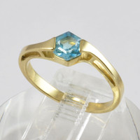Estate Jewelry - 14KT Yellow Gold Ring with Swiss Blue Topaz