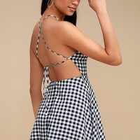 Arezzo Black and White Gingham Lace-Up Skater Dress