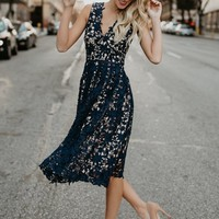 Fashion V Neck Sleeveless Lace Midi Party Dress - NOVASHE.com