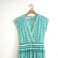 vintage 70s green floral dress • hearts and four leaf clovers dress
