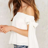 Born to Tie Off-Shoulder Top