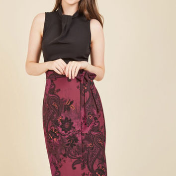 Sleek Supervisor Sheath Dress in Paisley | Mod Retro Vintage Dresses | ModCloth.com