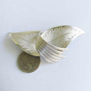 CORO Vintage Brooch Abstract Silver Tone Leaf Brooch      M30