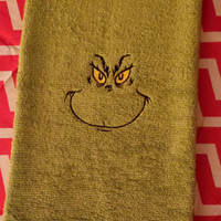GRINCH TOWELS  EMBROiDERED BOUTiQUE 15x25 FuN DeSiGN PeRFECT for YEAR Round GRiNcHMAS GiFT  GRiNCHY Designs by Sugarbear