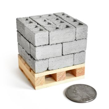 1:18 Scale Mini Cinder Blocks (24pk + Pallet)