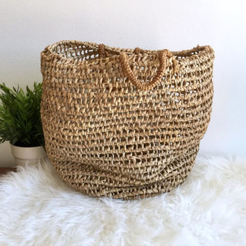 Woven Straw Top Handle Handbag / Straw Beach Tote / Raffia Market Bag / Hand Woven Basket Bag