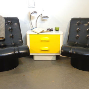Retro Scoop Chairs