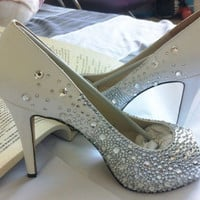 wedding shoes sparkly Bridal Shoes bling crystal Wedding shoes bling hells Swarovski Crystal Shoes party shoes crystal heels