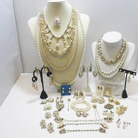 39 Pieces Of Pearl Jewelry All For One Price! Nothing Broke / Faux Pearl Jewelry Un-Singed And Signed