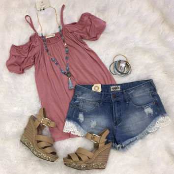 Day Down Town Cold Shoulder Top: Rose