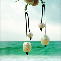 Genuine Freshwater Pearl and Leather drop earrings.