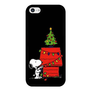 Snoopy And Christmas Tree - Black iPhone 5C Case
