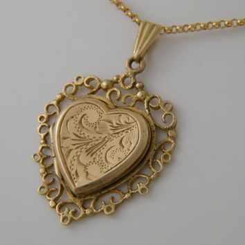 1978's  9K Gold Locket Vintage Solid Gold Locket Filigree Heart Locket Necklace Birthday Wedding Anniversary Gift Jewelry