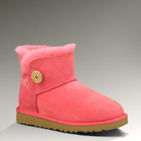 UGG® Mini Bailey Button for Kids | Kids Sheepskin Boots at UGGAustralia.com