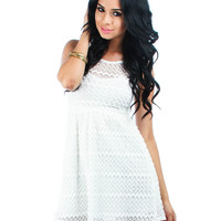 WHITE LINED CROCHET DRESS WITH KEYHOLE BACK D10671 Sexy Dress Women Party Evening