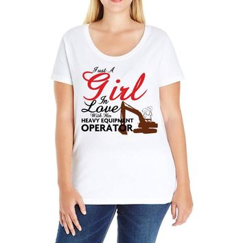 Just A Girl In Love With Her Heavy Equıpment Operator Ladies Curvy T-Shirt