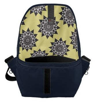 STUDENT LIFE MESSENGER BAG