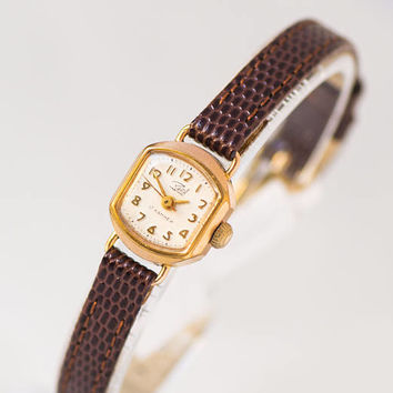 Petite women watch tiny gold plated Dawn watch shockproof very rare minimalist wristwatch, mid century timepiece, premium leather strap new