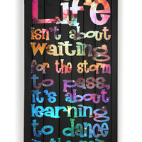 Galaxy Life Quote Dance In The Rain On Wood for Iphone 4 / 4s Hard Cover Plastic