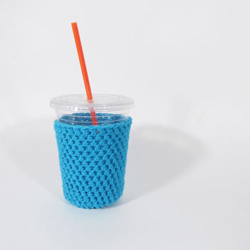 Small blue iced coffee cozy. Crochet coffee cozy. Blue cup cozy. Cotton cup sleeve. Eco friendly cup jacket. Summer drink cozy.