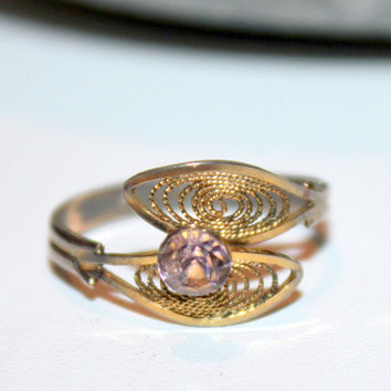 Delicate Vintage Filigree Ring Wrap Ring with Soft Purple Stone Size 7 Adjustable