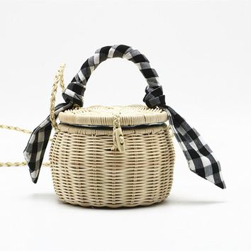 Picnic Lunch Box Style Round Straw Handbag